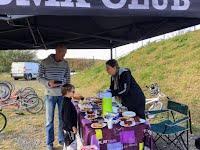 Denguin BMX Téléthon 4 décembre 2016 vente de gâteaux